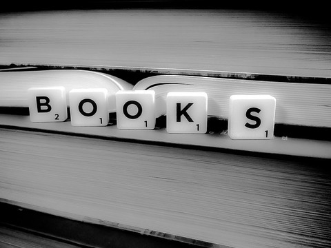 books-1878118_640