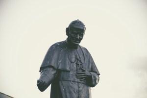 pope-1209939_1920