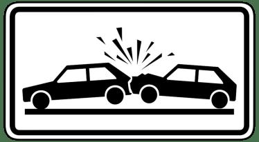 交通事故の治療は病院と整骨院どちらに行けば良いのか?