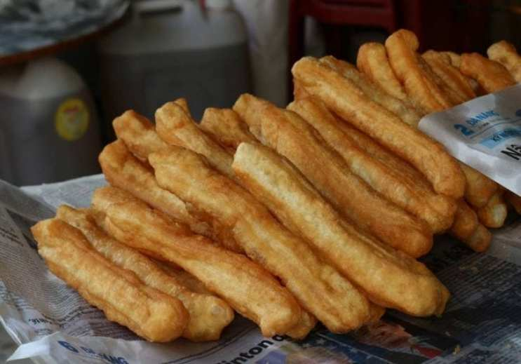 What to eat in Taipei - Youtiao