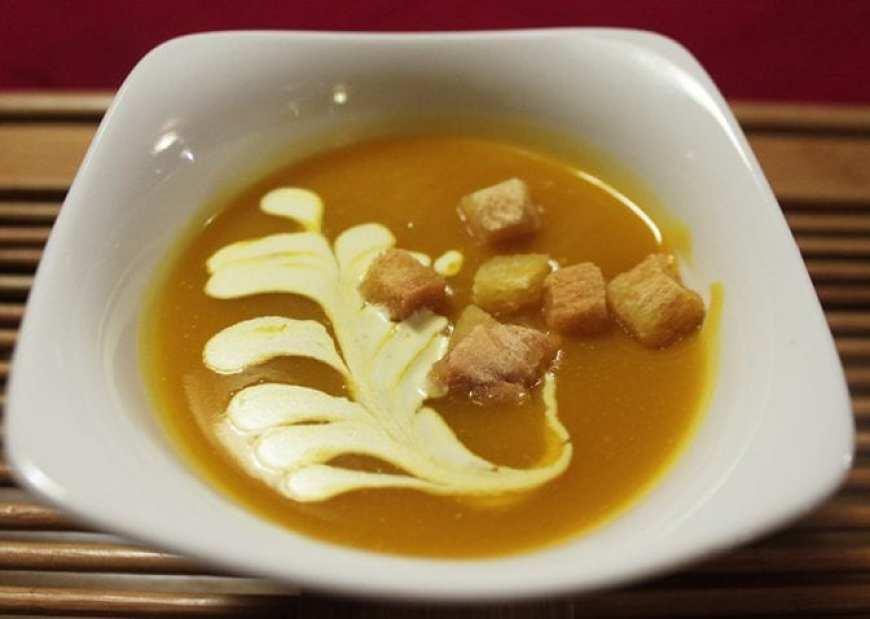 Flamingo Cruise Review- Halong Bay Cruise 2 days 1 night Squash Soup
