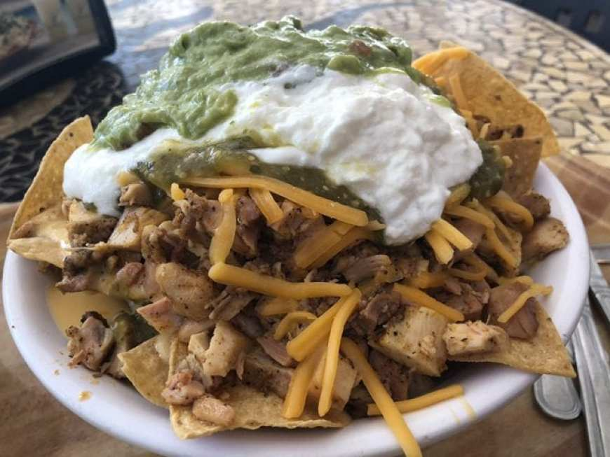glen ivy hot springs massage - chicken nachos