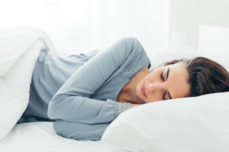 枕の高さが合わない!?高さを調整するシート・タオルの活用法とは?
