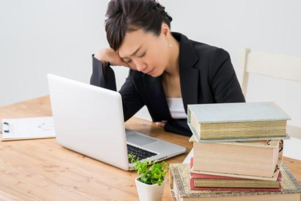 オフィスで仮眠を取るならこれが必須⁈お気に入りのアイテム教えます