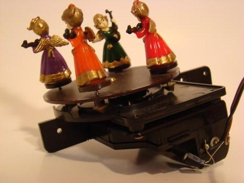 DSC04518 - KW703 Dancer Carousel