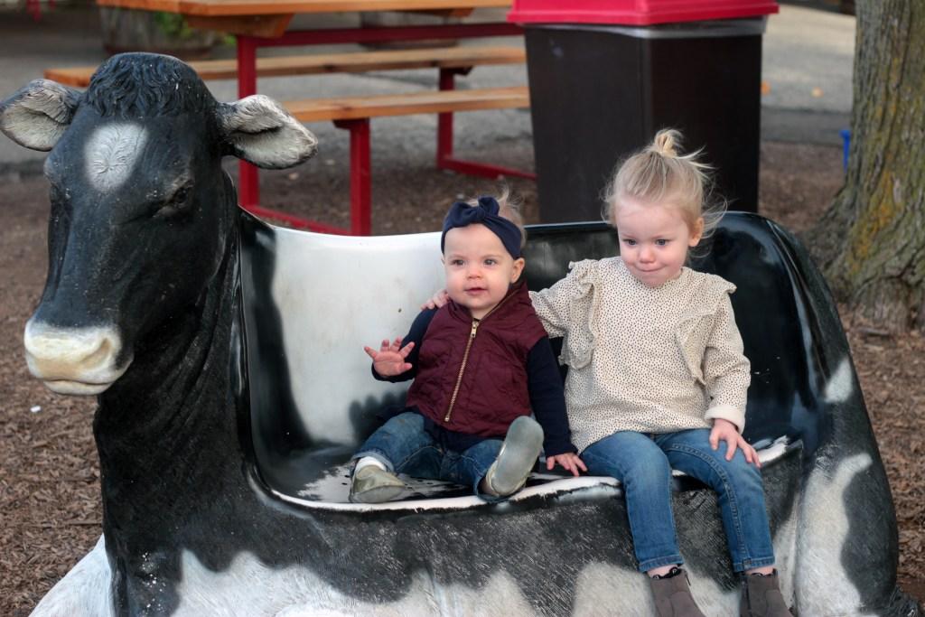 A Festive Family Farm | Kait Bos