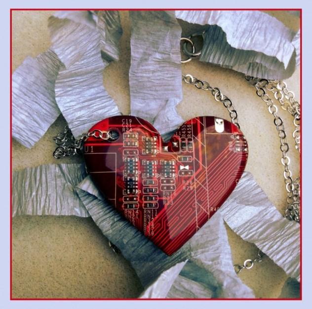 Necklace1-M-768x761