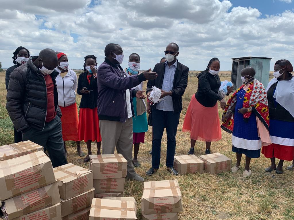 County COVID-19 Partners' Coordination Committee members  visited Lenjani today to donate food .