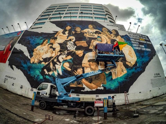 Largest mural in Sibu located at the LHDN building (Photo credit: Sibu Street Art facebook page)
