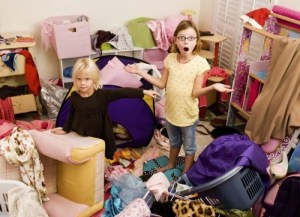 Как правильно приучить ребенка к порядку?