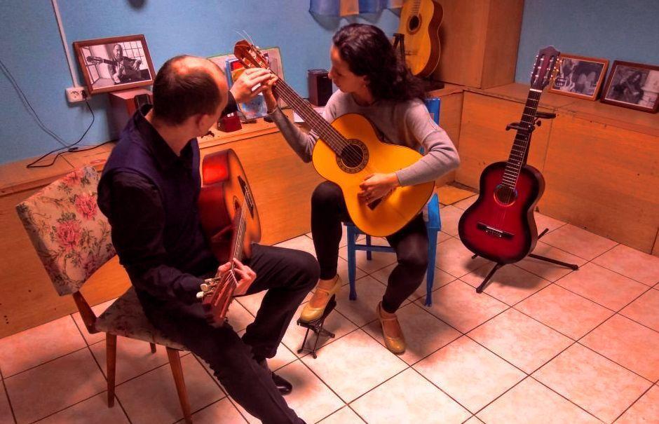Репетиторство - уроки игры на гитаре