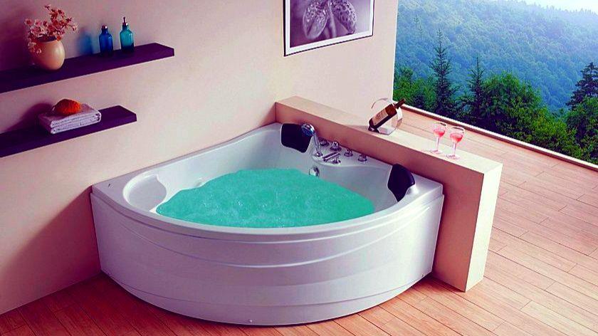 Ванна угловой формы