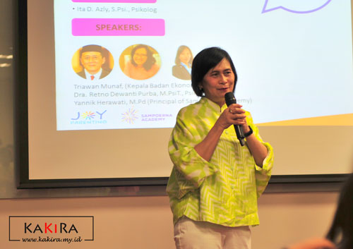 Ibu Nenny Soemawinata, Managing Director Putera Sampoerna Foundation
