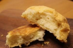 ジュウニブンベーカリーのメロンパンパン