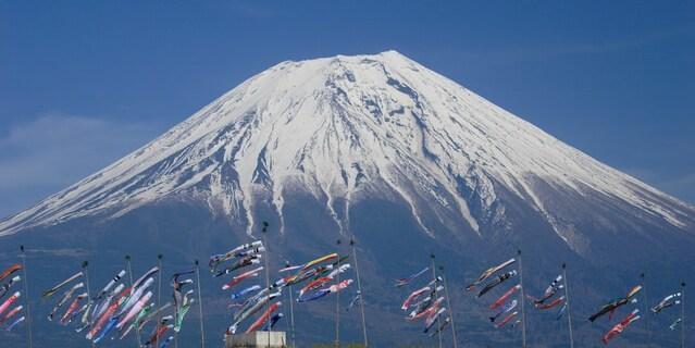富士山と鯉のぼり