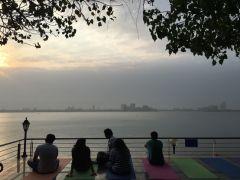 travel_raj-bhavan_p-11