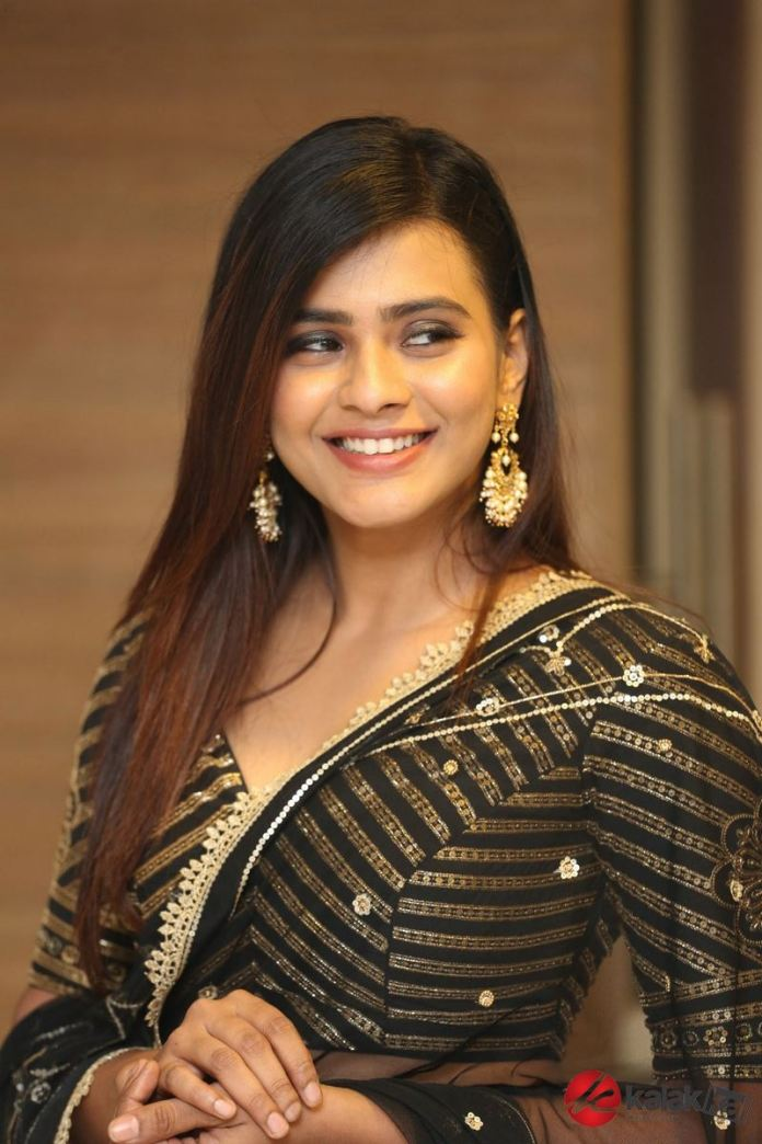 Actress Hebah Patel Latest Gallery