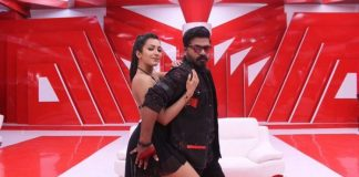 Vantha Rajavathaan Varuven Red Cardu Song Stills