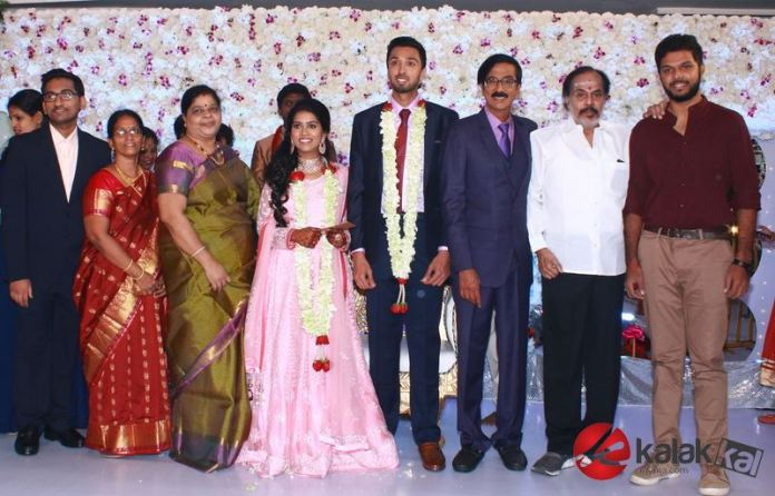 Director Manobala Son Harish weds Priya WeddDirector Manobala Son Harish weds Priya Wedding Reception Photosng Reception Photos