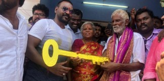 Raghava Lawrence directly on the field : Gaja cyclone affected Home | Kanchana 3 | Kollywood | Tamil Cinema | Lawrence Help For Poor People