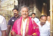 OBS Swami Darshan In Tirupati : O.Panneerselvam | Kollywood | Tamil CInema | Cinema | India | Tamil Nadu | Latest Cinema News