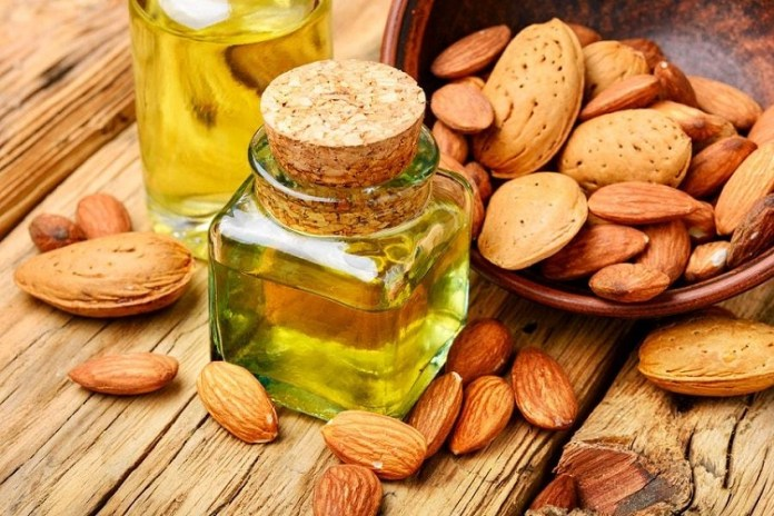 Almond Oil : Health Tips, Beauty Tips, Daily Health Tips, Tamil Maruthuvam Tips, Top 10 Best Health Benefits, Easy To Follow Daily Health Tips