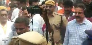 Kamal Haasan Cast his Vote :Nadigar Sangam Election 2019, K Bhagyaraj, Nassar, Vishal, Pandavar ani, Kushboo, Karthi, Ishari K. Ganesh