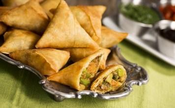 Vegetables SamosaRecipe : South Indian Recipe, Easy Rice Recipe, Veg Recipes of India, Quick And Easy Recipes, Indian Recipes, Easy Recipe