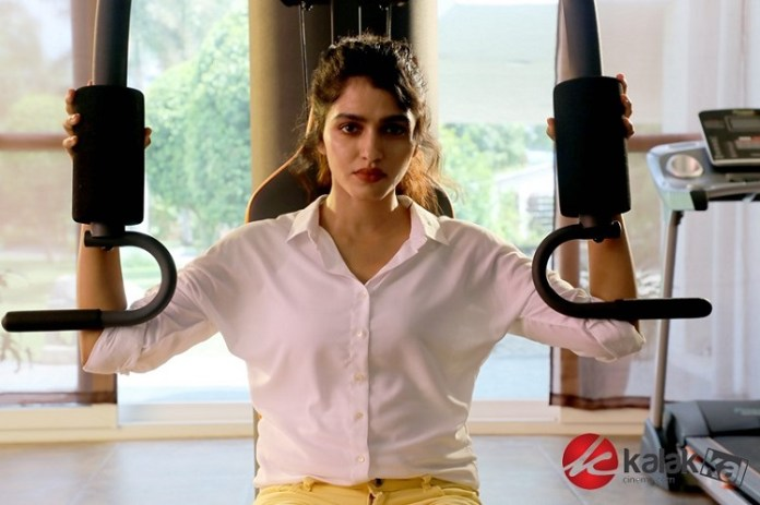 Actress Dhanshika Latest Stills