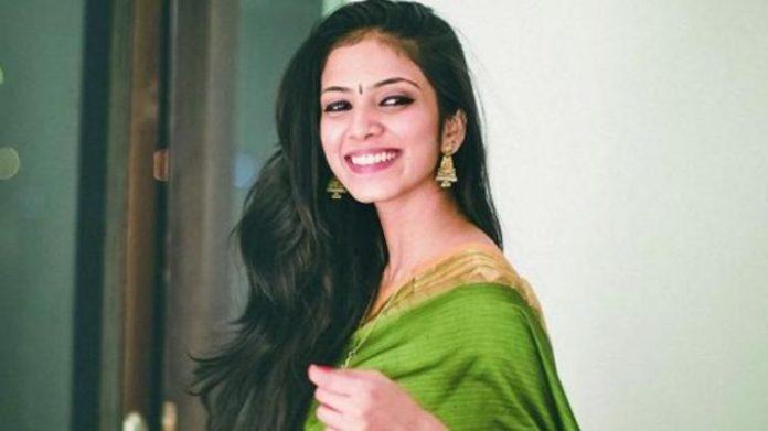 Petta Actress Malavika Mohan Latest Photo Gallery | Petta | Super Star | Rajinikanth | Tamil Cinema News | Trending Cinema News