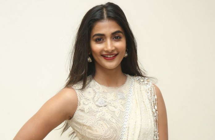 Actress Pooja Hegde Latest Photos