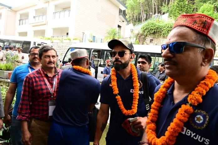 TeamIndia Arrive in Dharamsala : Sports News, World Cup 2019, Latest Sports News, India, Sports, Latest Sports News, Virat Kholi, Rohit Sharma