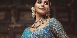 Actress Yashika Aannand Photos