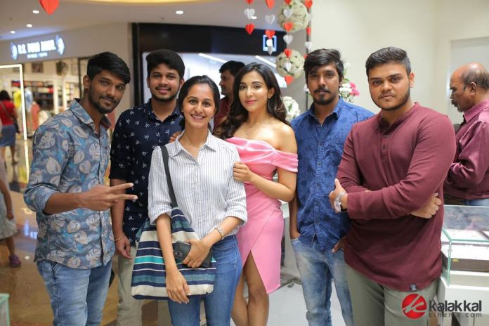 Actress Parvatii Nair launches Mia by Tanishq Showroom