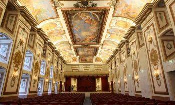 Eisenstadt_raeume_schlosses_haydnsaal_tischler_esterhazy.at