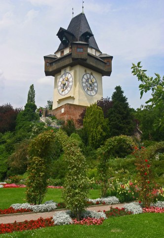 Graz_clock_tower_wikipedia