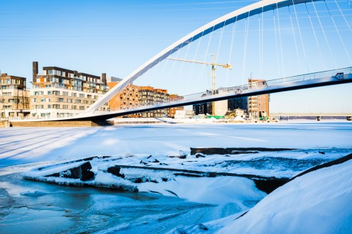Isoisänsilta Kalasatama Mustikkamaa Sörnäistenniemi talvi lunta talvimaisema
