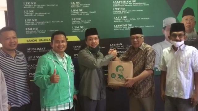 DPW PKB Kalbar salurkan bantuan kepada PWNU Kalbar