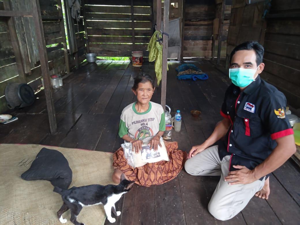LMP Salurkan Bapokting PDI Perjuangan ke Kuala Mandor B dan Sungai Ambawan