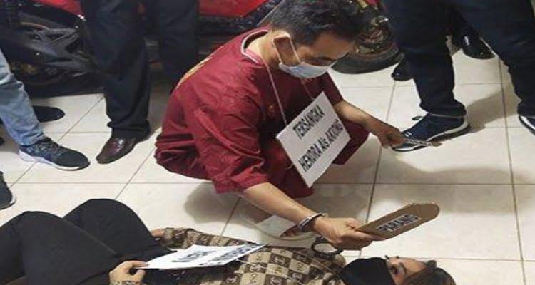 Polresta Pontianak Rekonstruksi Pembunuhan Satu Keluarga, Pelaku Membabi Buta
