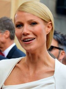Gwyneth Paltrow at the 84th Annual Academy Awards Red Carpet 2012. Gwyneth Paltrow sells ProLon on GOOP. This file is licensed under the Creative Commons Attribution 2.0 Generic license: https://creativecommons.org/licenses/by/2.0/deed.en. Author: MingleMediaTVNetwork