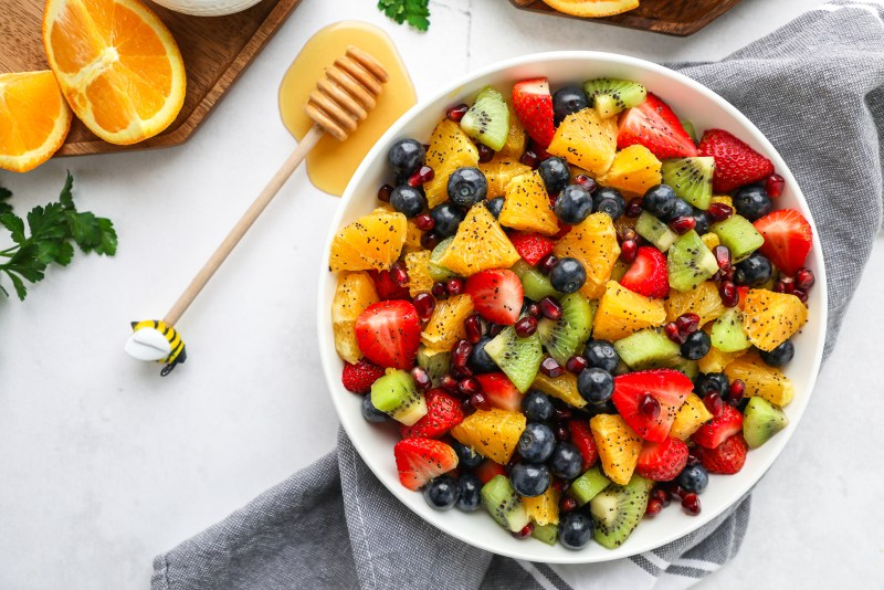 You won't be able to get enough of this refreshing winter fruit salad! It's easy to make, made with minimal ingredients and bursting with so much flavor too!