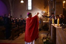 Monseigneur Rivière à la cérémonie solennelle à l'église de Touches pour la Saint-Vincent tournante Mercurey 2017 / Photo Jean-Luc Petiti