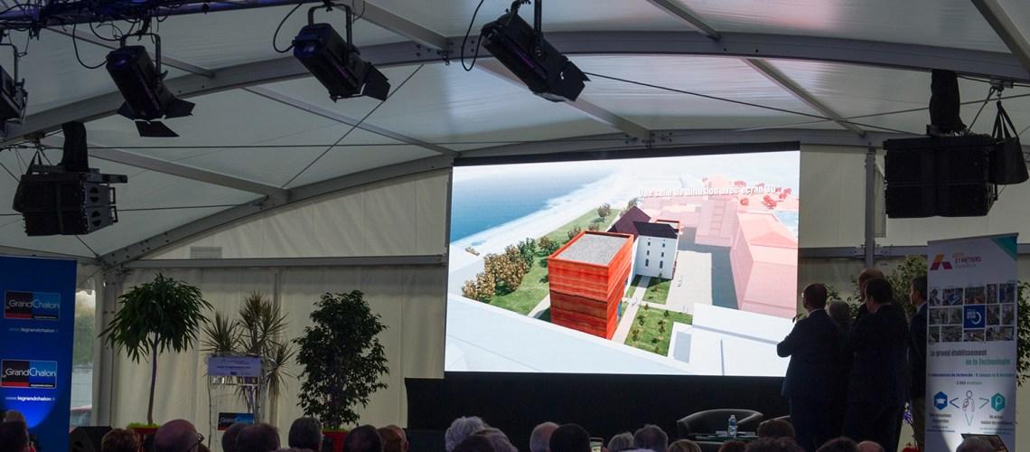 photographie du Projet projeté pendant la présentation de la Cité de l'économie créative et de l'ingénierie numérique du Grand Chalon