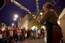 Un trompettiste était présent lors du 9ème festival des soupes à Chalon-sur-Saône