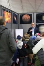 Atelier d'astronomie pour des élèves au Village des Sciences 2017