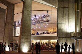 espace-des-arts-soirée-ouverture-®-Julien-Piffaut