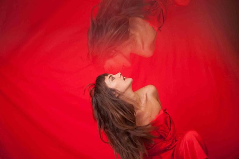 Camille-Bertault-©-Paul-Rousteau-esapce-des-arts-programme-2019