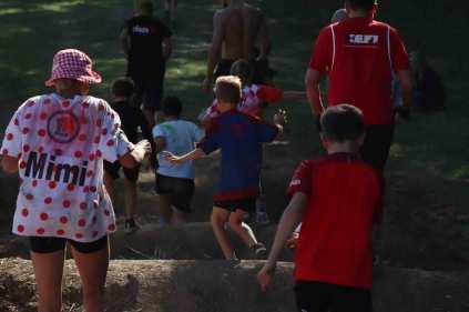 Sur l'obstacle de la montagne de Lans fer 2019 pour la course des familles