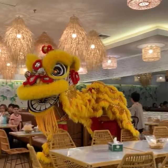 Barongsai Lion Dance Brings Good Luck To Everyone Today And Everyday At Kaleo Kaleo Bistro
